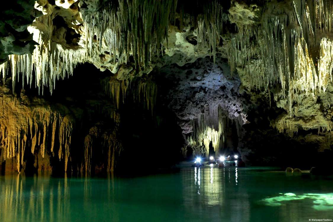Jeita Grotto mağarası, Lübnan