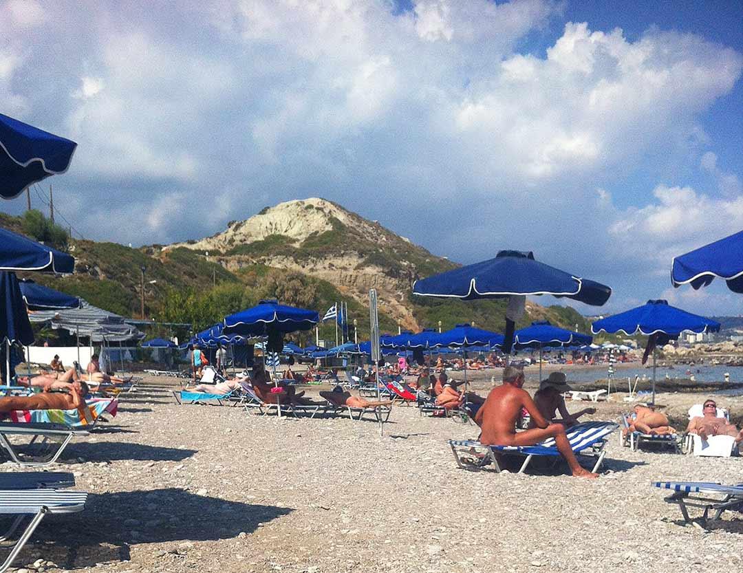 Mandomata nudist plaji, çıplaklar plajı. Faliraki, Rodos