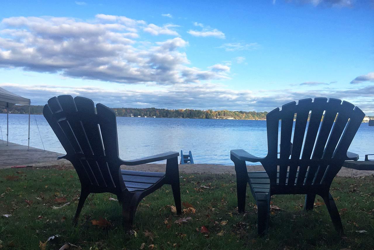 Toronto dışında göl kenarı