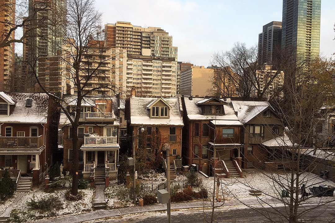 Toronto'da Kanada Tecrübesi