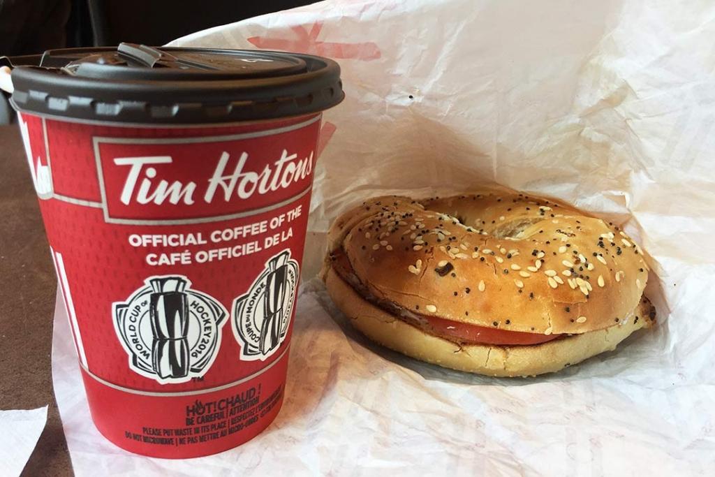 Kanada klasiği Tim Hortons bagel & kahve