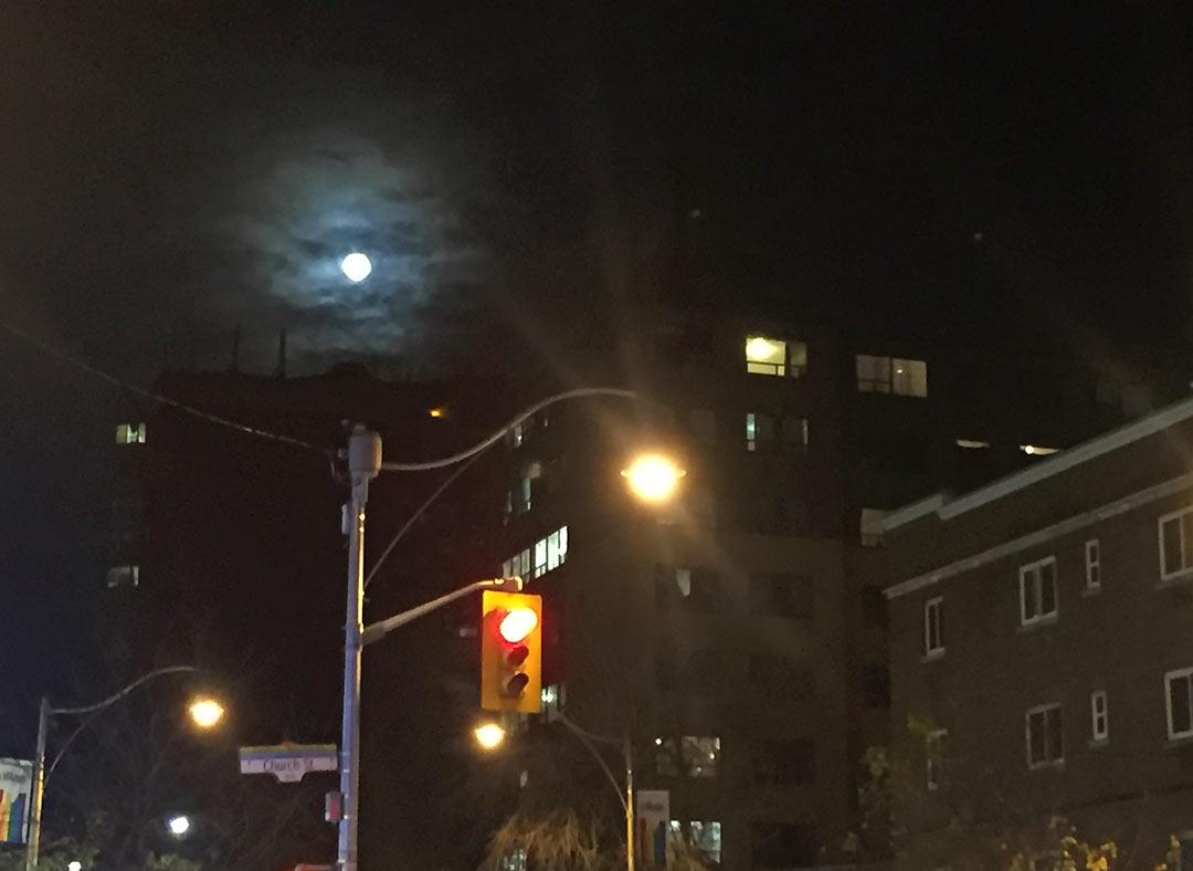 Toronto'da Süper Ay