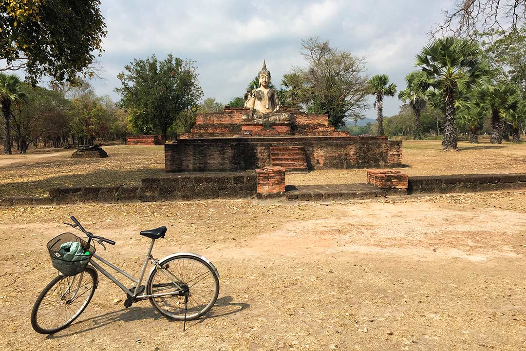 Sukhothai bisikletle fezmesi çok zevkli bir yer. Arabayla Tayland turu
