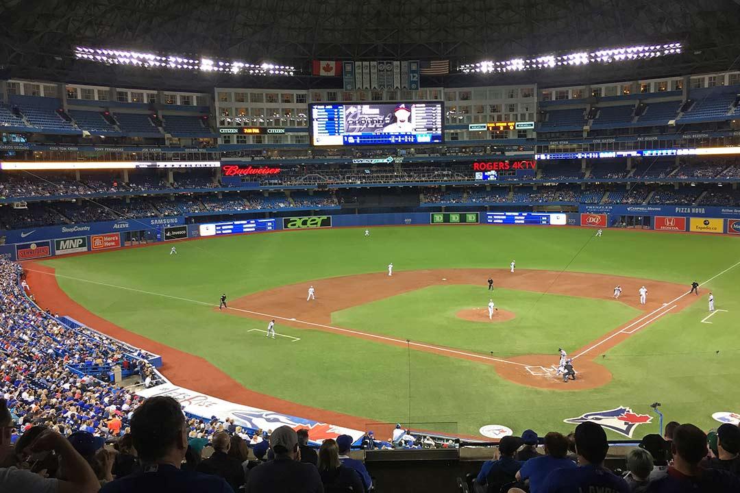 Toronto, baseball maçı, Kırkından Sonra Ergen Bunalımları