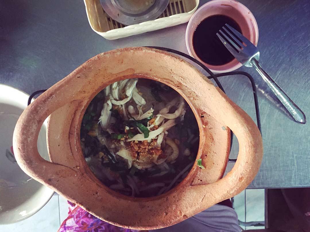 Tom Yam'ı yediğim en iyi yer Ayutthaya'daki Pranom Noodle. Tayland'da yediğim en iyi 10 yemek