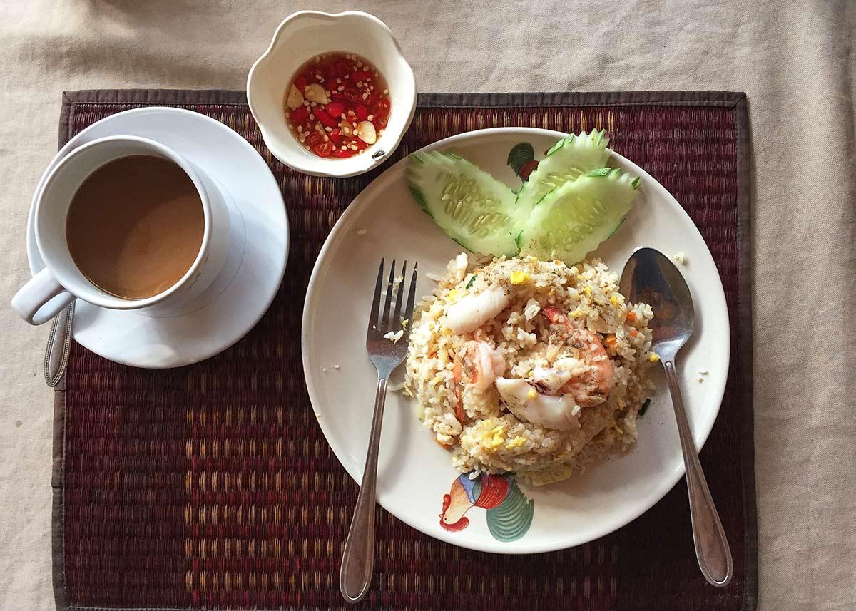 fired rice, karidesli kızarmış pilav, Tayland'da ne yenir? Tayland'da yediğim en iyi 10 yemek