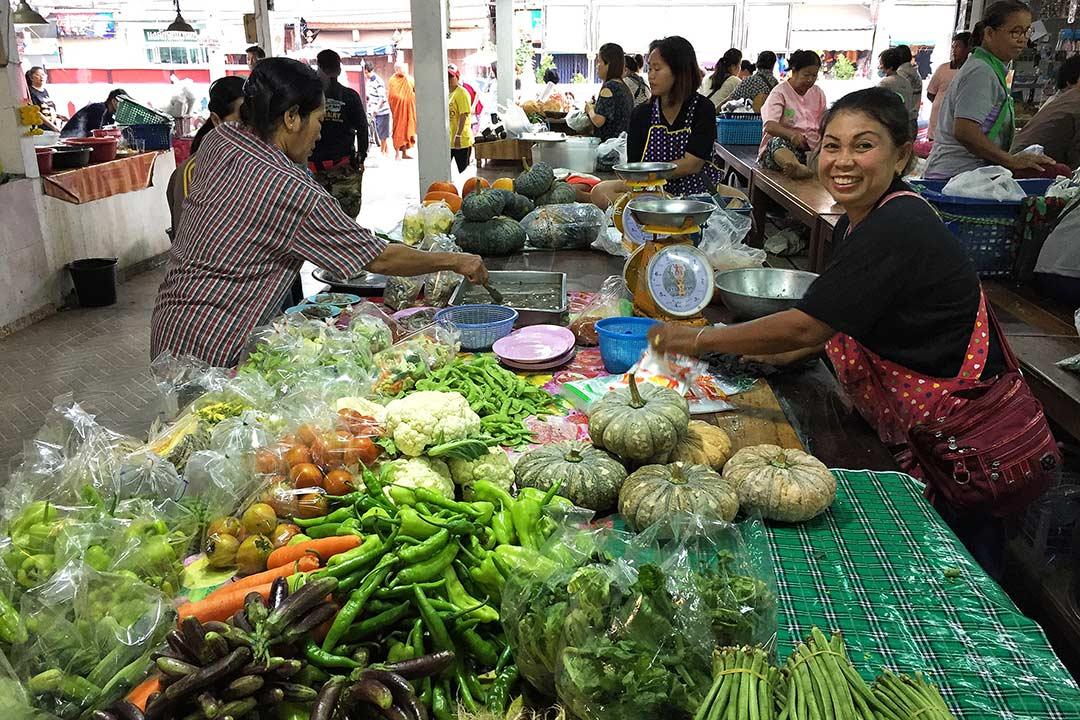 Tayland'daki sebzeler Türkiye'den pek de eksik değil. Sukhothai