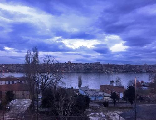 Hayat İstanbul ve Toronto'da Nasıl Farklı?